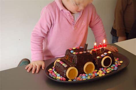 gateau anniversaire 3 ans anniversaire24 gateau d anniversaire gar 231 on 3 ans