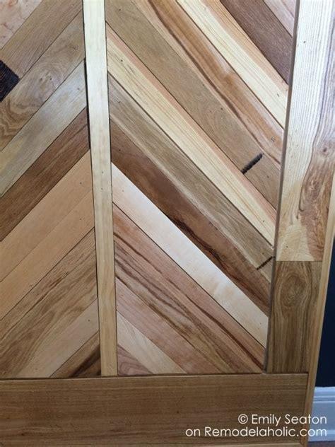 remodelaholic   build  wood chevron barn door