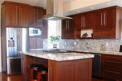 maple shaker style kitchen cabinets shaker kitchen cabinets are one suitable kitchen cabinet 9119