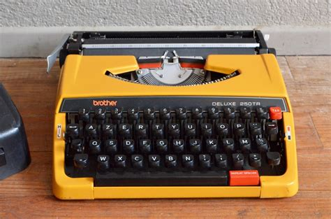 mallette de cuisine machine à écrire l 39 atelier lurette