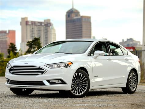 Ford's Decision To Drop Sedans And Hatchbacks Makes Sense
