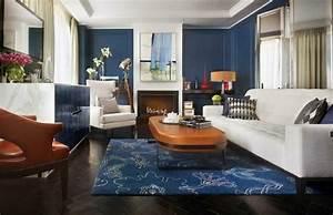 Idee deco salon de style anglais pour atmosphere elegante for Tapis jaune avec canapé cuir style anglais