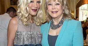 Tori Spelling's Mom Candy Spelling Says It's Hard to See ...