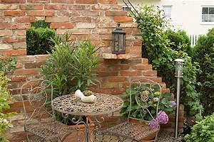 Mediterrane Gärten Bilder : sitzpl tze romantisch google suche garten pinterest ruinenmauer mediterrane h user und ~ Orissabook.com Haus und Dekorationen
