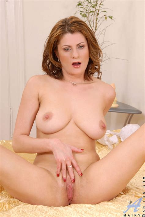 freshest mature women on the net featuring anilos maiky free mature pic