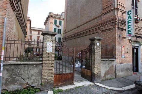 casa popolare roma la casa dell ater di polverini