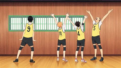Tumblr is a place to express yourself, discover yourself, and bond over the stuff you love. Haikyuu GIF - Find & Share on GIPHY