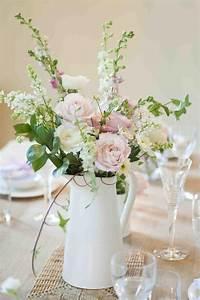 deco table mariage 45 compositions florales pour l39ete With chambre bébé design avec fleurs pour un mariage