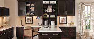 Semi custom kitchen cabinets diamond cabinetry for Hometown kitchen furniture