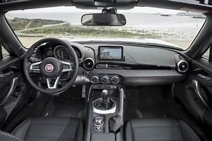 Fiat Boite Automatique : fiat abarth 124 spider n or alisme italien automobile ~ Gottalentnigeria.com Avis de Voitures