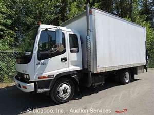 Gmc Wt5500  2004    Van    Box Trucks