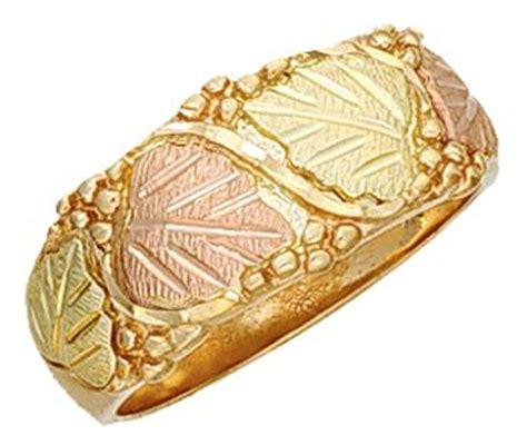 Mens Dakota Black Hills Gold Wedding  Anniversary Ring Kr