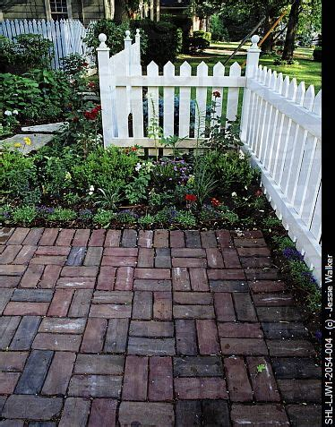 better homes and gardens paving 20 best images about bricks and paving on pinterest herringbone driveway paving and better