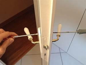 comment bricoler et changer une poignee de porte soi meme With changer un verrou de porte
