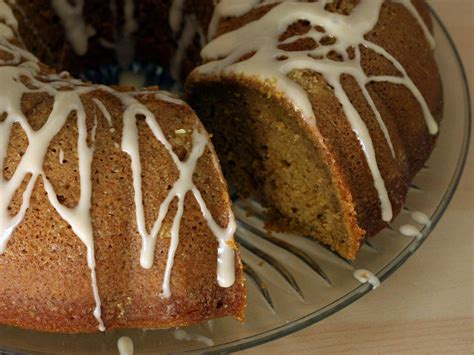 An Easy Recipe For Pumpkin Spice Bundt Cake