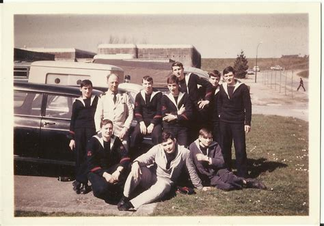 au bureau brest recherche camarades cin brest 1968