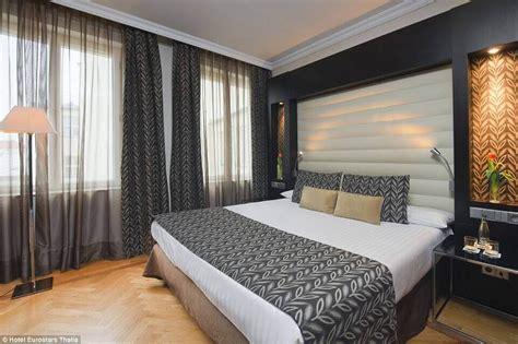 bed feel   belongs    star hotel