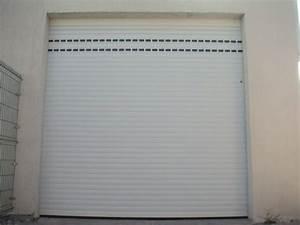 Porte de garage lakal enroulable sur marignane for Porte de garage enroulable et portes interieures sur mesure