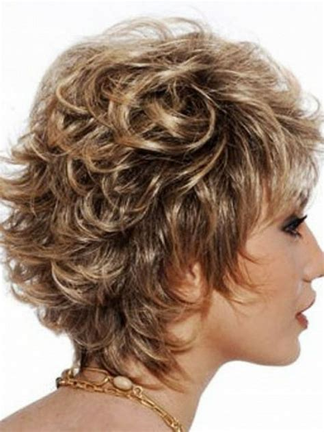 naturally curly layered hairstyles shaggy short