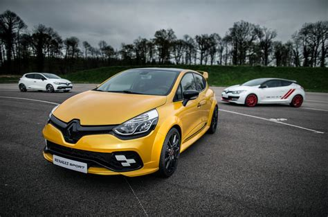 renault clio rs concept wont  production autocar