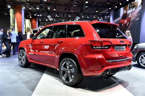 jeep grand cherokee srt red jeep wrangler stealth и grand cherokee srt red vapor