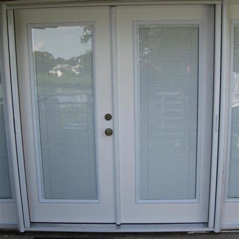 The blinds that are installed outside glass panes are either corded or cordless. Best Sliding Glass Doors With Blinds Inside   Exterior ...
