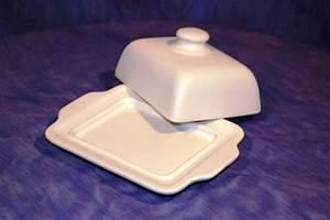 Butterdose Keramik Weiß : butterdose gross weiss matt bembel shop keramik seifert ~ Watch28wear.com Haus und Dekorationen