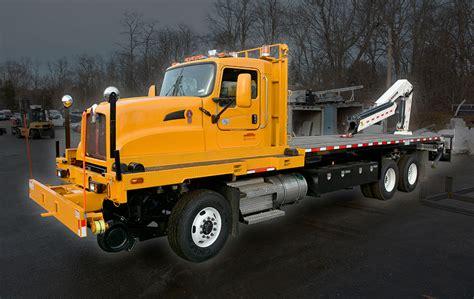 dejana railroad platform truck  crane dejana truck