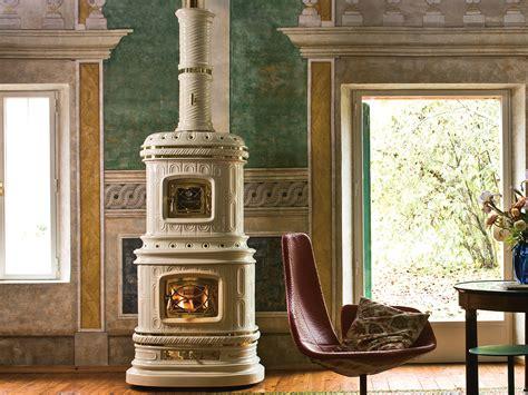poele a bois ceramique po 234 le 224 bois en c 233 ramique 224 accumulation viennese by