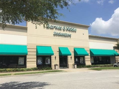 barnes and noble orlando my favorite bookstore review of barnes noble cafe