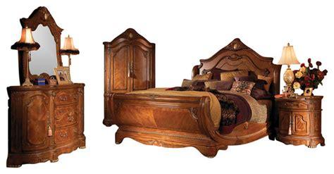 piece cortina king size sleigh bedroom set honey walnut