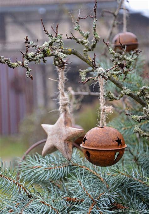 Weihnachtsdeko Garten Ideen by Quaste Aus Kiefernadeln Nat 252 Rliche Gartendeko Im Winter