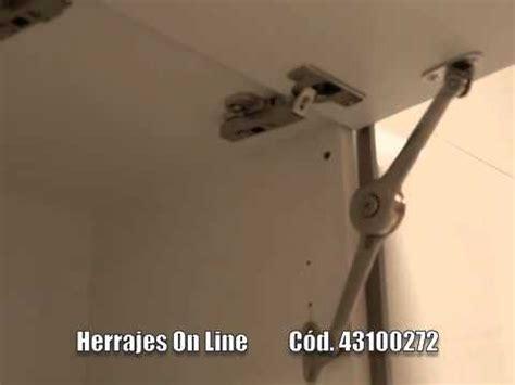 herrajes  delta brazo compas elevador puertas