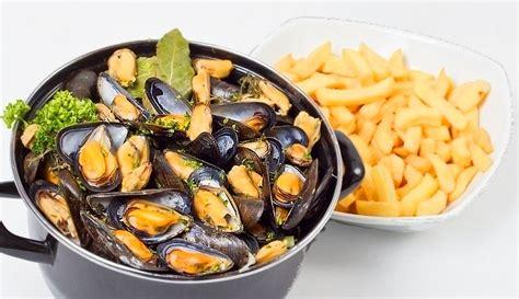 cuisine moules soirée belge avec moule frite à volonté le montecito