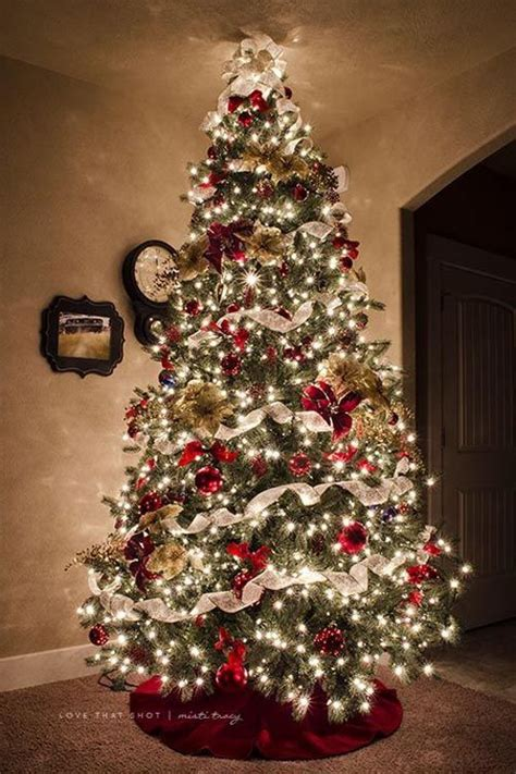 beautiful decorated trees exles of trees decorated with ribbon 4381