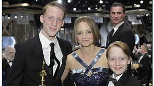 Is Mel Gibson the father of Jodie Foster's kids?
