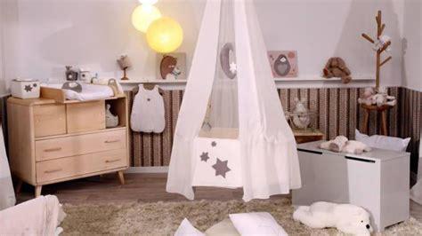 chambre bébé en bois decoration chambre bebe bois visuel 1