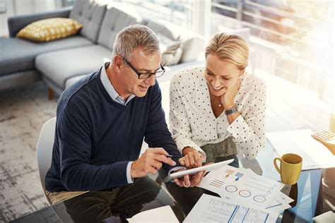 When looking for an insurance carrier, here's a checklist of search and shopping tips. The 8 Best Home Insurance Policies of 2020