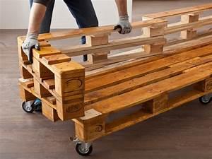 Paletten Sofa Schräge Rückenlehne : sofa aus paletten bauen bauhaus schweiz ~ Watch28wear.com Haus und Dekorationen