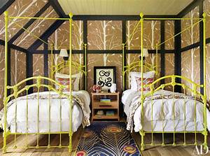 How to Decorate with Two Twin Beds