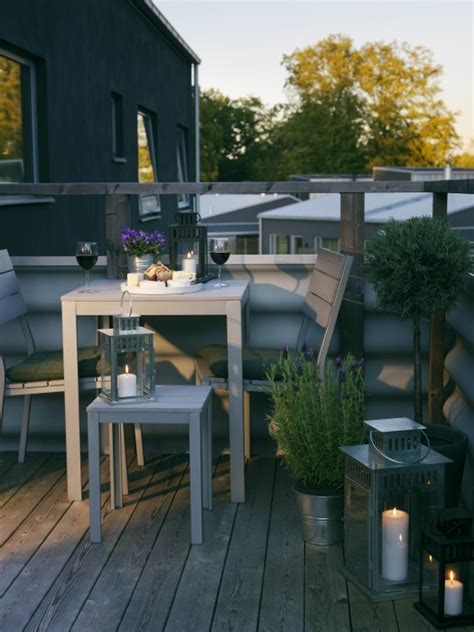 creative  simple summer balcony decor ideas