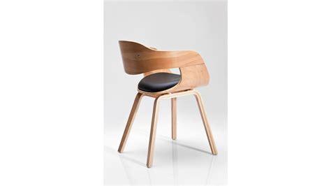 chaise cuir noir achetez votre chaise design simili cuir noir et bois clair