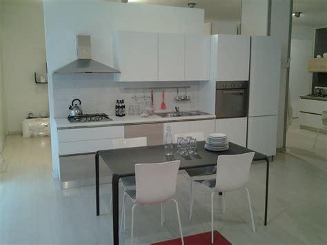 Cucina Con Gola Marca Gicinque Prezzo Speciale 3700,00