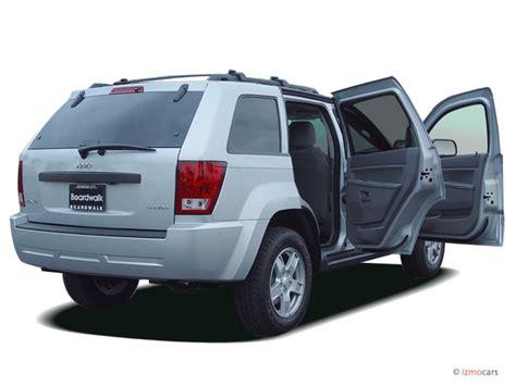 image  jeep grand cherokee wd  door laredo open