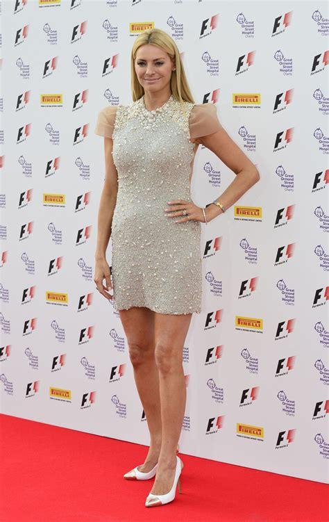 Tess Daly Looks - StyleBistro