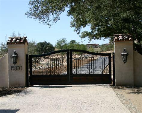 decorative driveway gates electric systems