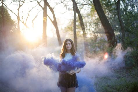 tips  smoke bomb photography jessica sheppard