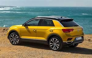 T Roc Volkswagen : comparison volkswagen t roc r line 2018 vs hyundai ~ Carolinahurricanesstore.com Idées de Décoration