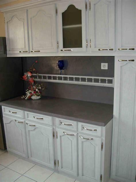 peindre meubles de cuisine repeindre sa cuisine en bois eclaircir une table en chne