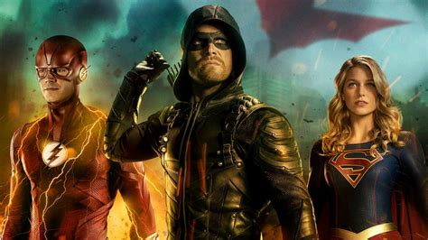 arrowverse elseworlds crossover poster shows flash